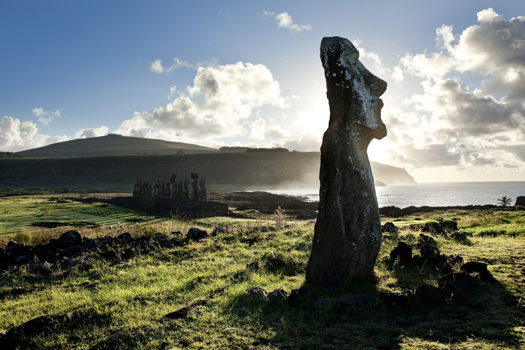 The Easter Island Heads Have Bodies Hoax