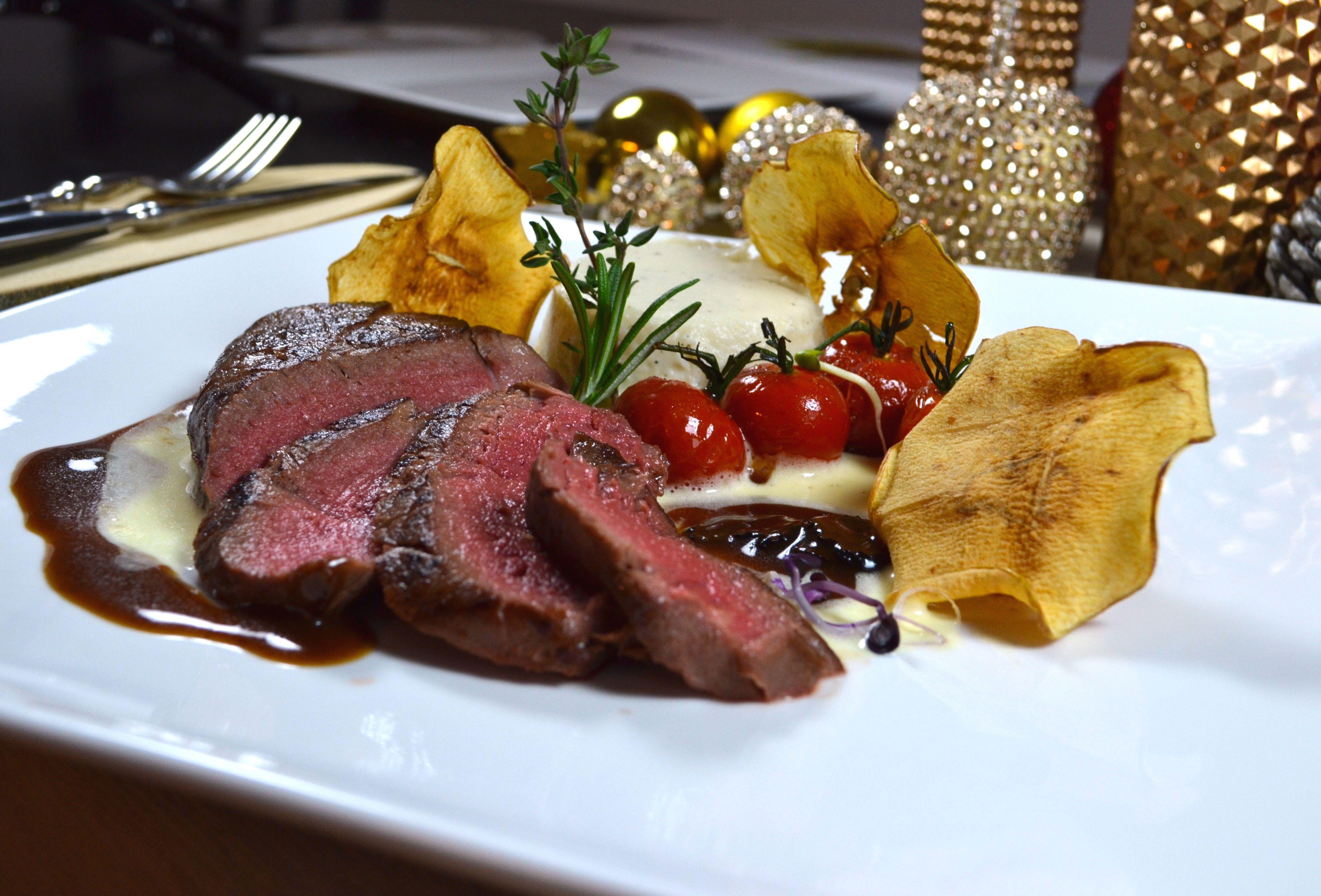 Weihnachtsessen Fleisch.Die Besten Weihnachtsmenüs