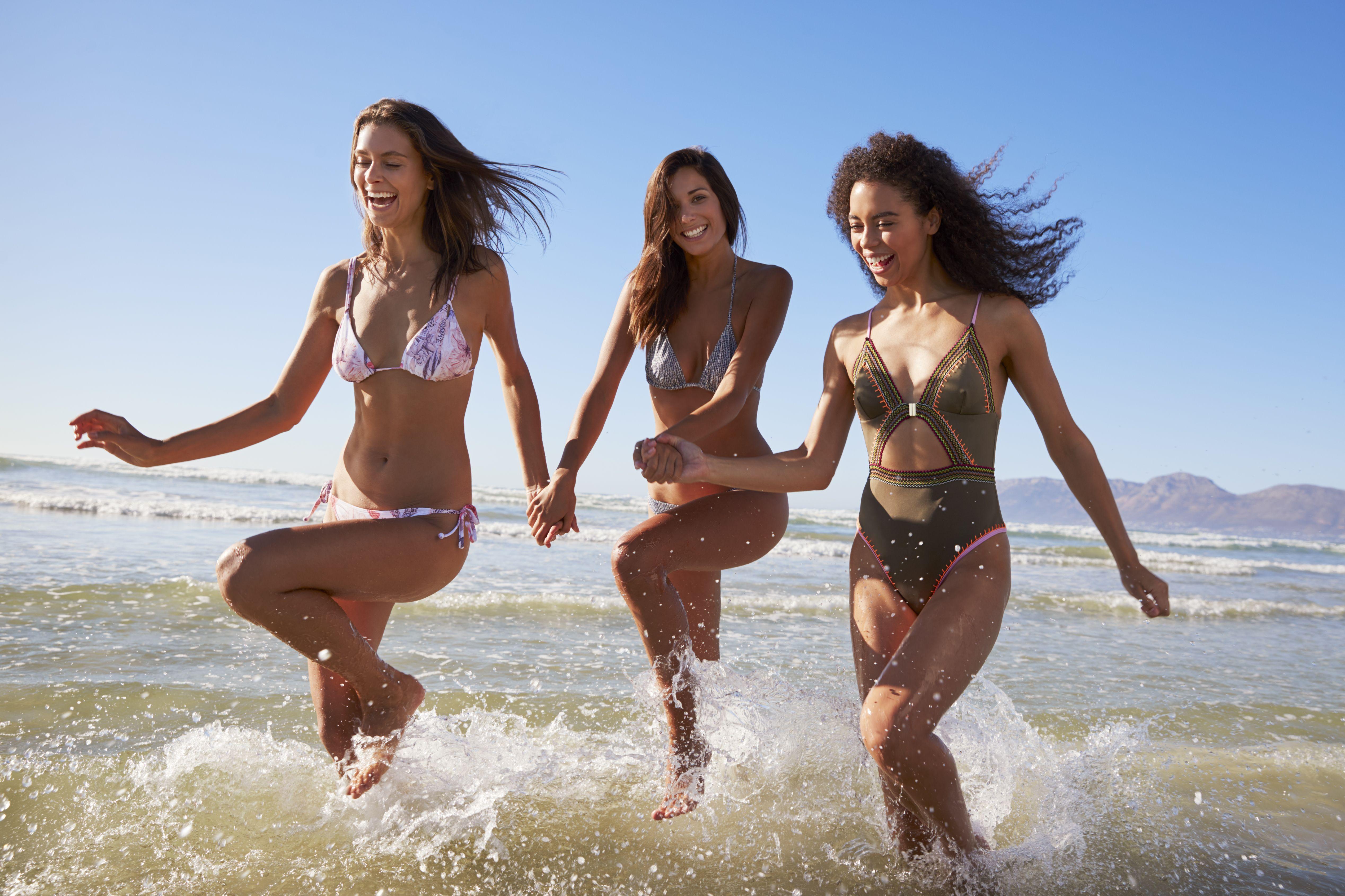 ScheuNe Brüste Am Strand