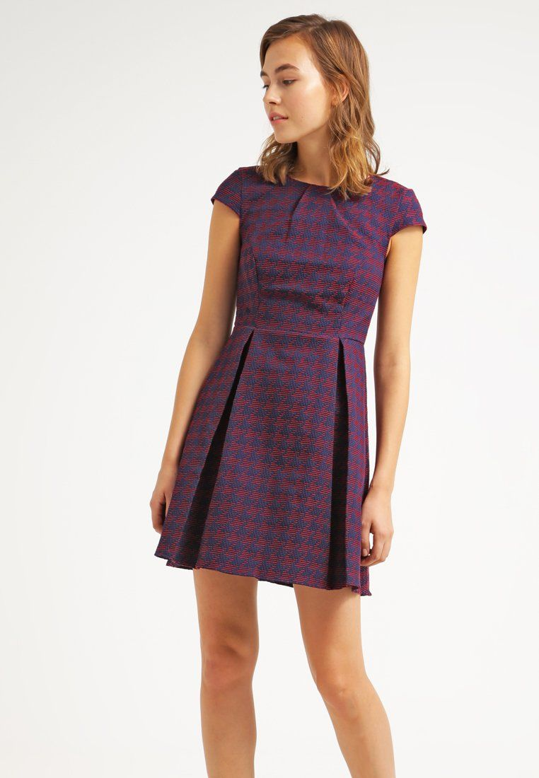 Kleid h&m werbung 2015 | Trendige Kleider für die Saison 2018