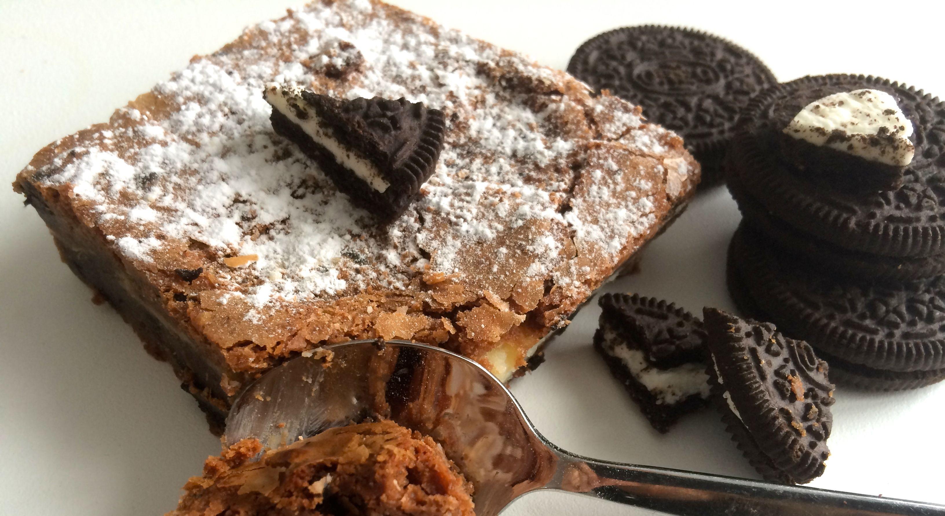 schokoladenkuchen mit oreo keksen. Black Bedroom Furniture Sets. Home Design Ideas
