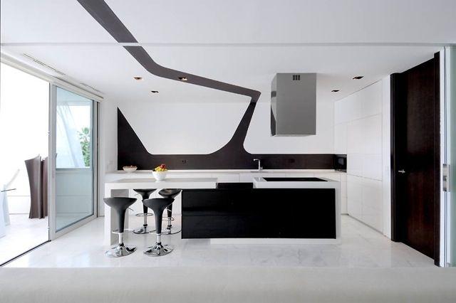 black white stilpalast. Black Bedroom Furniture Sets. Home Design Ideas