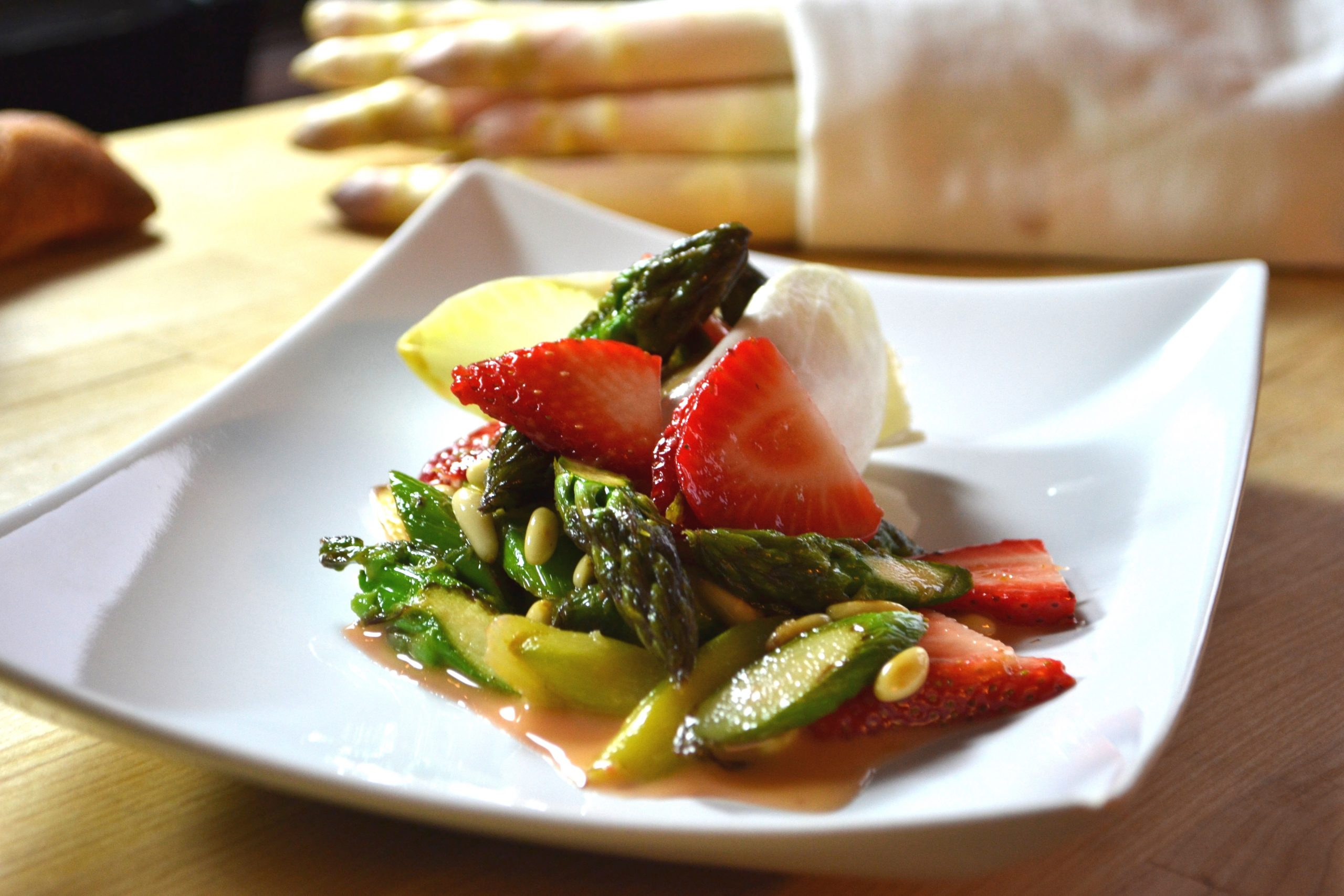 Spargel-Erdbeersalat.jpg