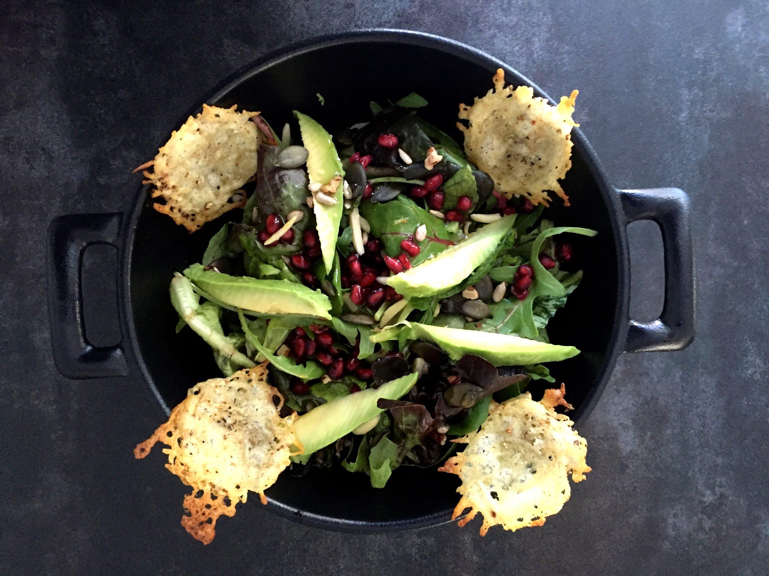 Salat mit Käsecrackers.JPG