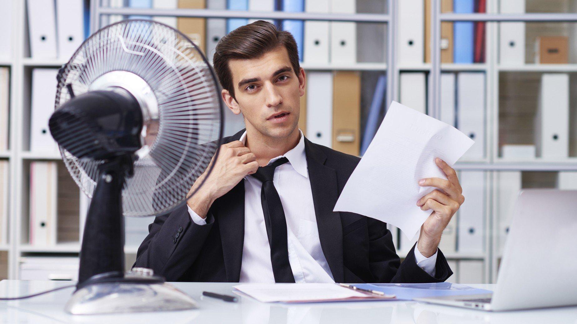 Hitze-Dresscode im Büro.jpg