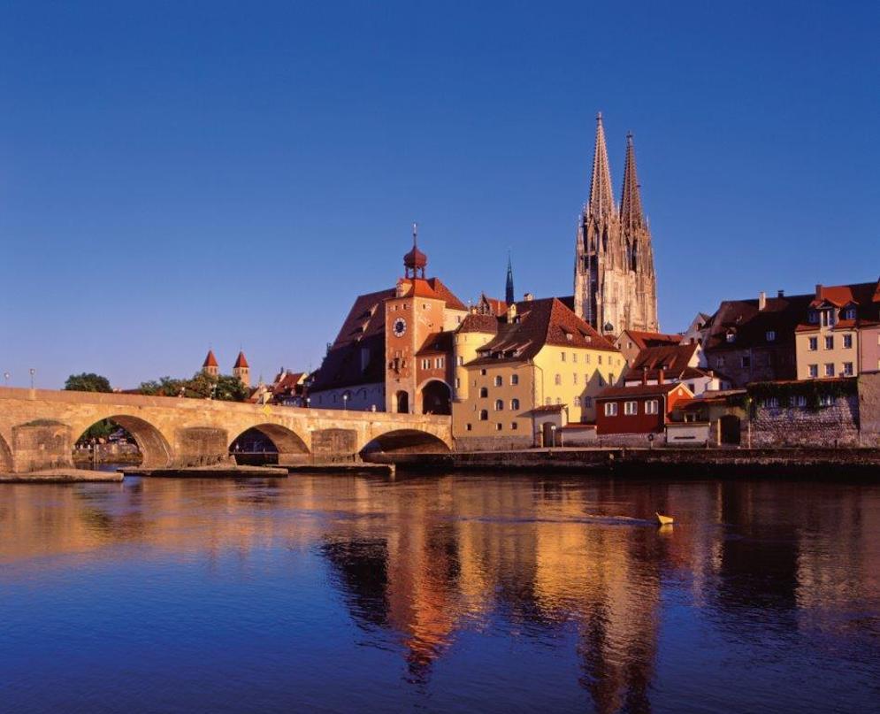 Steinerne Brücke © Stadt Regensburg.jpg