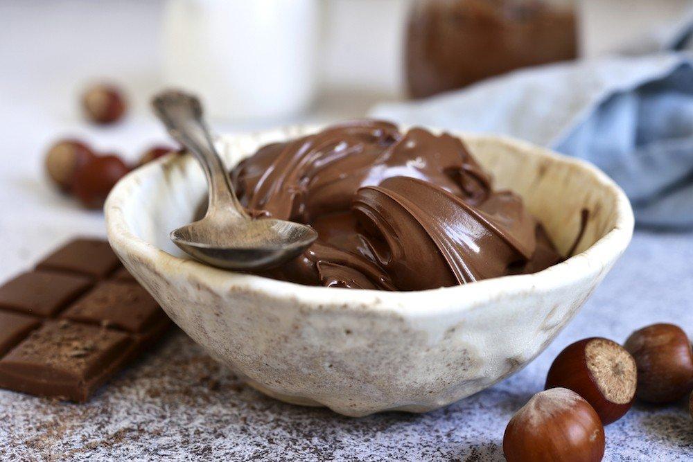 selbstgemachtes Nutella (Gianduja).jpg