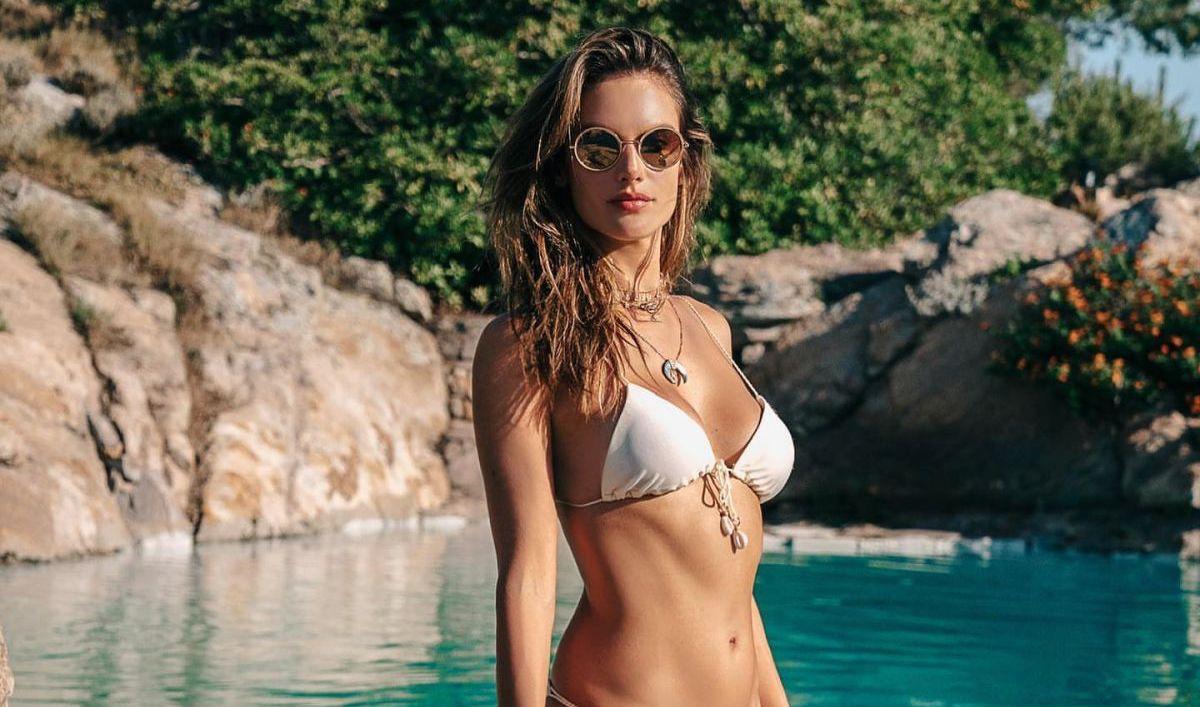alessandra-ambrosio-in-bikini-instagram-photos-01-16-2020-6.jpg