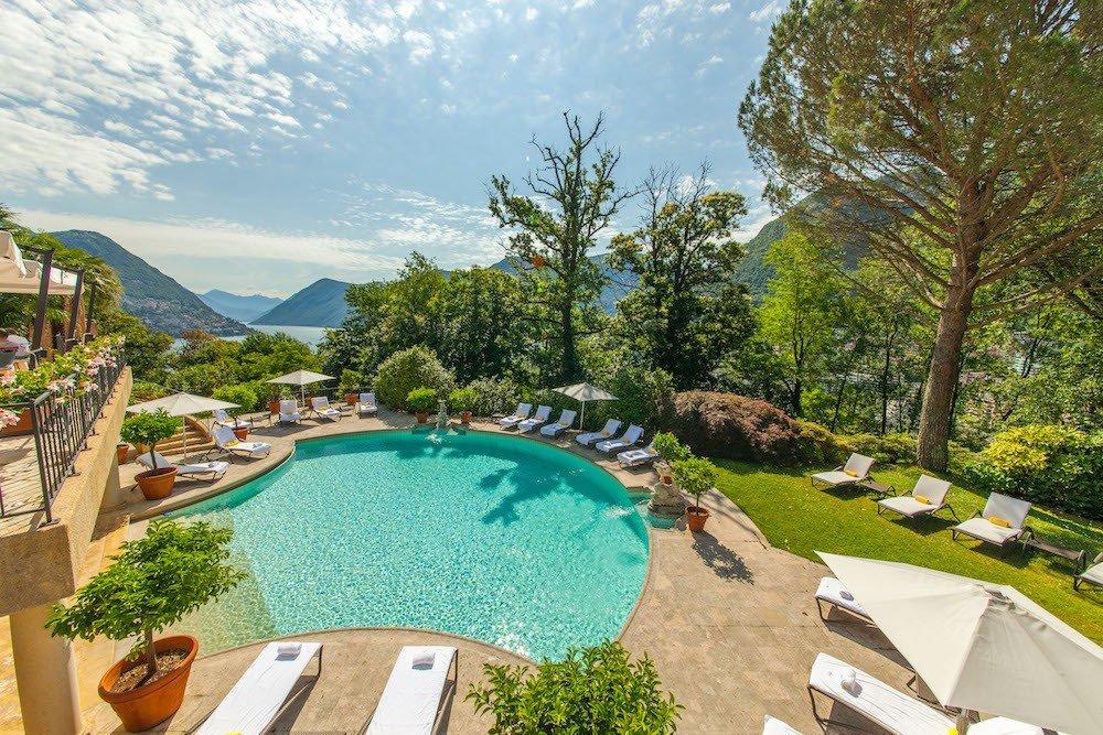 villa_principe_leopoldo_piscina.jpg