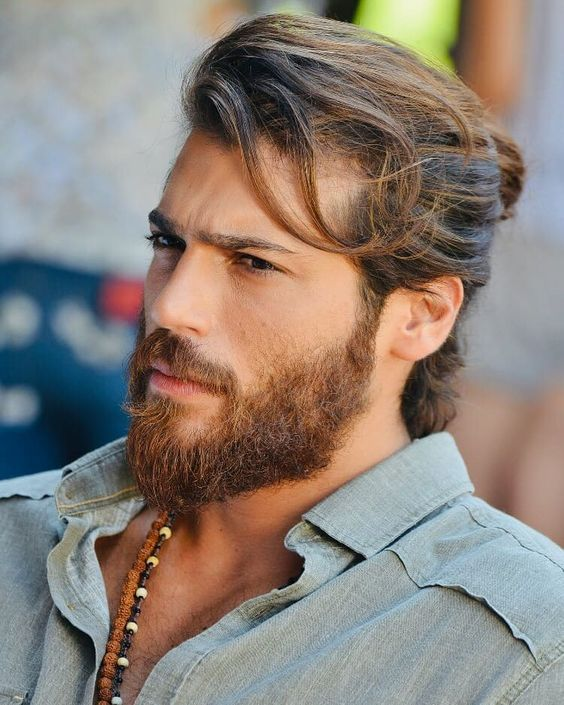 Männer 2021 haare lange Männer Frisuren